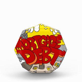 Machacamiento del dibujo animado de la deuda