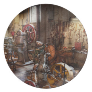 Machinist - A room full of memories Plate