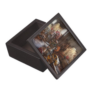 Machinist - A room full of memories Premium Jewelry Box