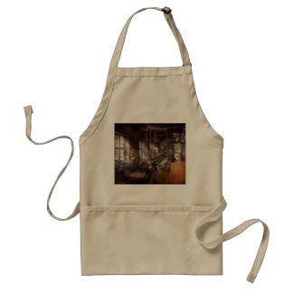 Machinist - Lathe - A long lathe Adult Apron