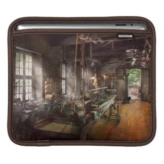 Machinist - Lathe - A long lathe iPad Sleeves