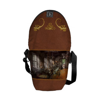 Machinist - Lathe - A long lathe Messenger Bag