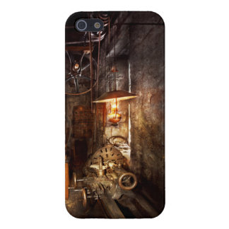 Machinist - Lathe - The corner of an old workshop Cases For iPhone 5