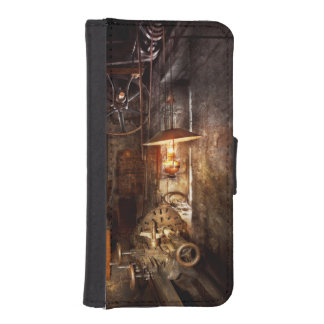 Machinist - Lathe - The corner of an old workshop Phone Wallet Case