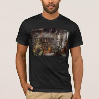 Machinist - Lathes - Machinists paradise T-Shirt