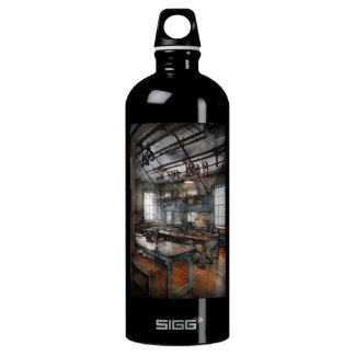 Machinist - Steampunk - The contraption room Water Bottle
