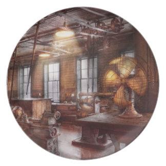 Machinist - The fan club Plate