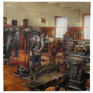 Machinist - The standard way 1915 Napkin