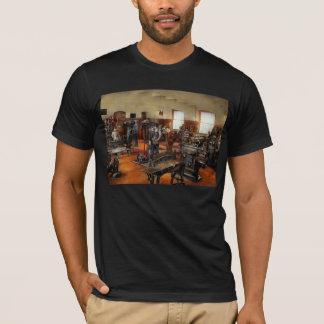 Machinist - The standard way 1915 T-Shirt