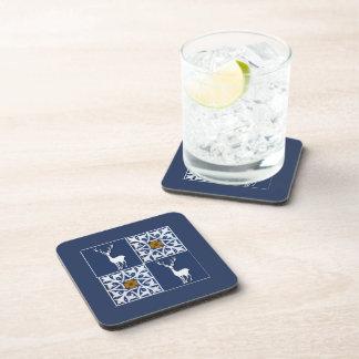 Macho blanco y modelo decorativo de los cuadrados posavasos de bebida