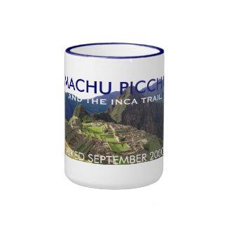 Machu personalizado Picchu, celebración del rastro Taza De Dos Colores