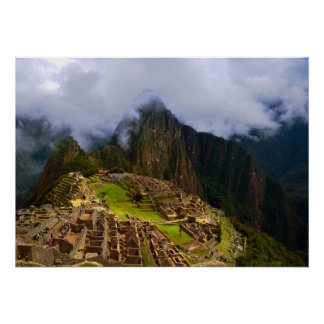 Machu Picchu pasa por alto, Perú Poster