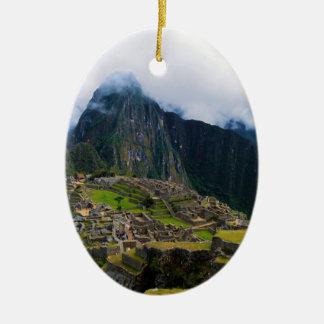 Machu Picchu, Perú Adorno Ovalado De Cerámica