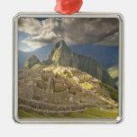 Machu Picchu, ruinas antiguas, mundo 2 de la Adorno Navideño Cuadrado De Metal