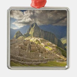 Machu Picchu, ruinas antiguas, mundo 2 de la Adorno Cuadrado Plateado