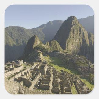 Machu Picchu, ruinas de la ciudad del inca, Perú Pegatina Cuadrada