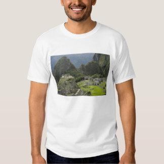 Machu Picchu, ruins of Inca city, Peru. 2 T Shirt