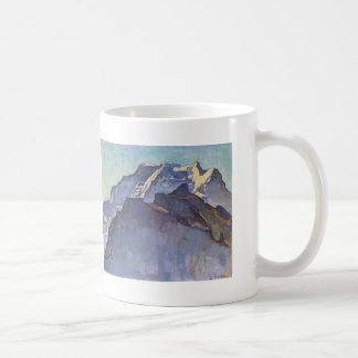 Macizo y Schwarzmonch de Fernando Hodler- Jungfrau Taza Básica Blanca