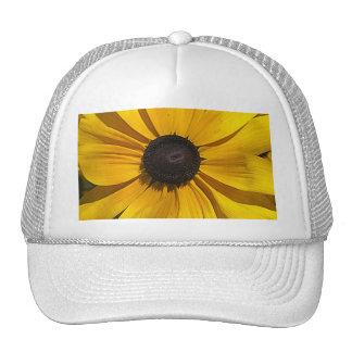 Macro amarilla gorra