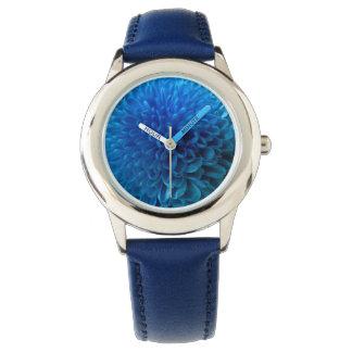 Macro de la flor del azul de cobalto relojes de pulsera