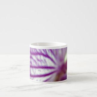Macro de la orquídea taza espresso