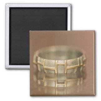 Macro del anillo de bodas imán para frigorifico