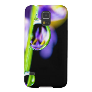 Macro Drop of Water on Blade Grass Purple Flower Galaxy S5 Cover