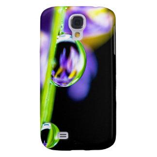 Macro Drop of Water on Blade Grass Purple Flower Samsung S4 Case