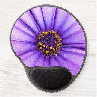 Macro violeta púrpura de la flor de la margarita alfombrilla de ratón con gel