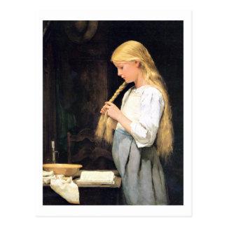 Mädchen die Haare flechtend Girl Braiding her Hair Postcard