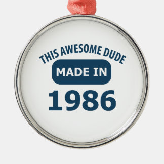 Made in 1986 round metal christmas ornament