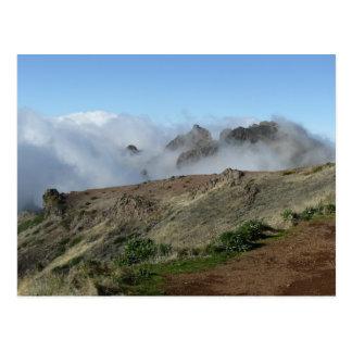 Madeira sobre la postal de las nubes, personalizar