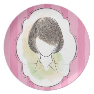 Madeline - retrato de una mujer plato
