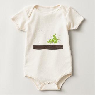 madera-con-verde-hoja enteritos