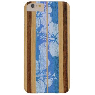 Madera hawaiana de la tabla hawaiana de Haleiwa Funda Barely There iPhone 6 Plus