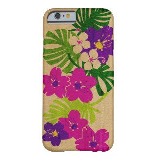 Madera hawaiana del jardín de Limahuli falsa Funda De iPhone 6 Barely There
