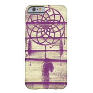 Madera ideal de la púrpura del colector funda de iPhone 6 barely there