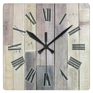 Madera resistida reloj cuadrado