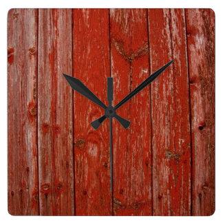 Madera roja vieja reloj cuadrado