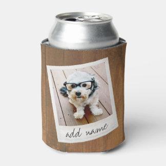 Madera rústica con el marco cuadrado de la foto enfriador de latas
