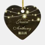 madera rústica del país con la cadena de luces ornamento para arbol de navidad