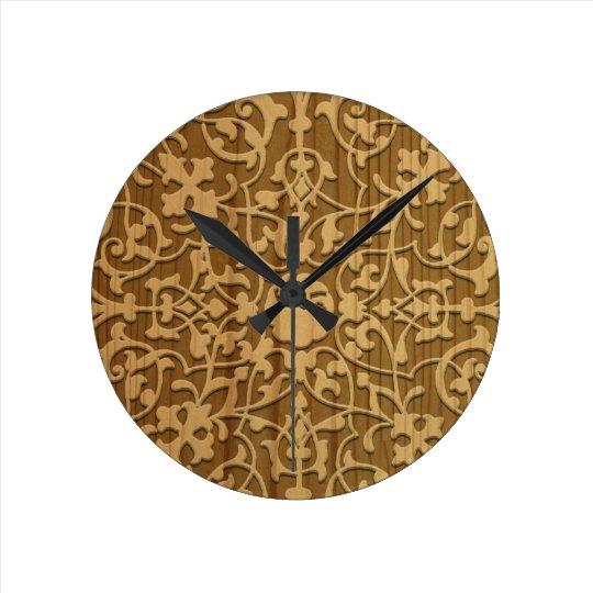 Madera tallada adornada reloj redondo mediano