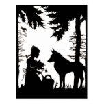 Maderas rojas del lobo de la capa con capucha de l postales