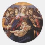 Madonna y niño con ángeles de Sandro Botticelli Pegatina Redonda