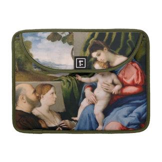 Madonna y niño con San Juan infantil Funda Para Macbook Pro