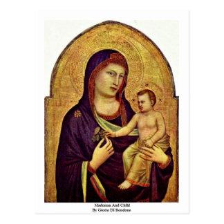 Madonna y niño de Giotto Di Bondone Postales
