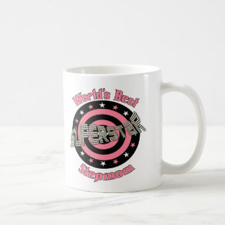 Madrastra de la superestrella en rosa taza de café
