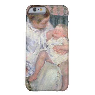 Madre alrededor para lavar a su niño soñoliento, funda para iPhone 6 barely there