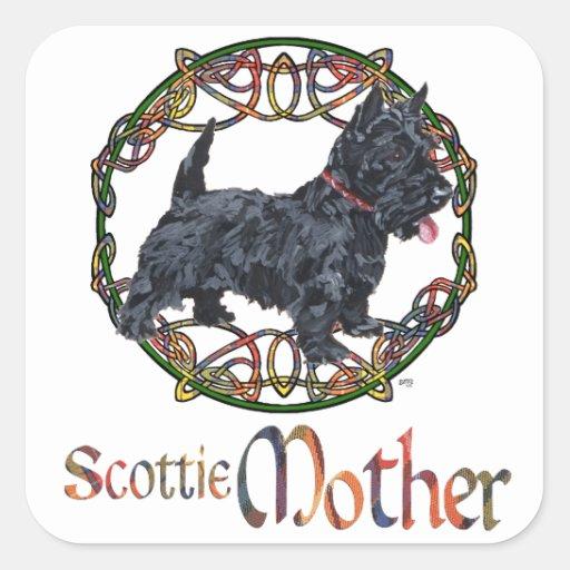 Madre céltica de Terrier del escocés Calcomanía Cuadradas Personalizada