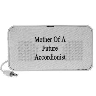 Madre de un acordeonista futuro altavoz